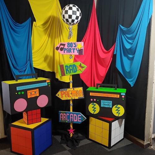 80's theme photobooth