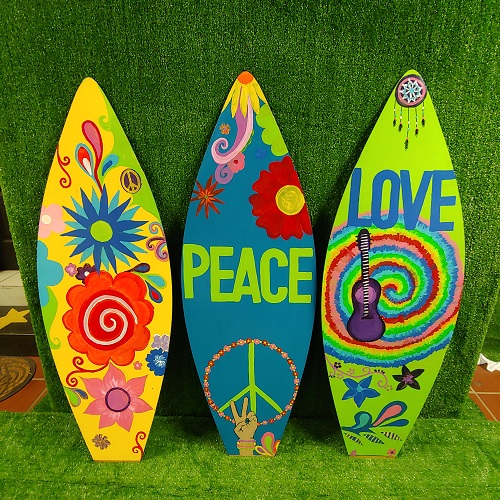 Surfboards hippie themed