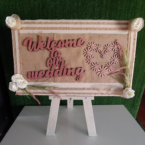 Welcome to our wedding photoboard