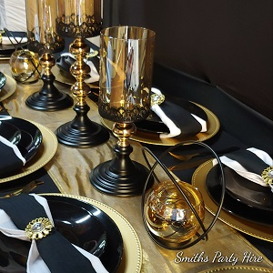 Black & gold party decor for functions