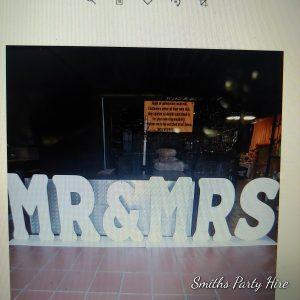 Mr & Mrs sign Boksburg