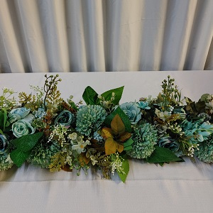 Green flower runner 1.5m