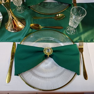 Green weddin decor